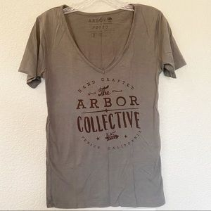 Arbor Dark Gray Graphic T-Shirt Small